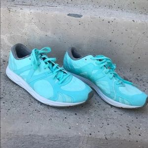 New Balance Aqua Running Shoes